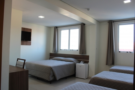 Hotel Efapi Center - QUARTO QUADRUPLO